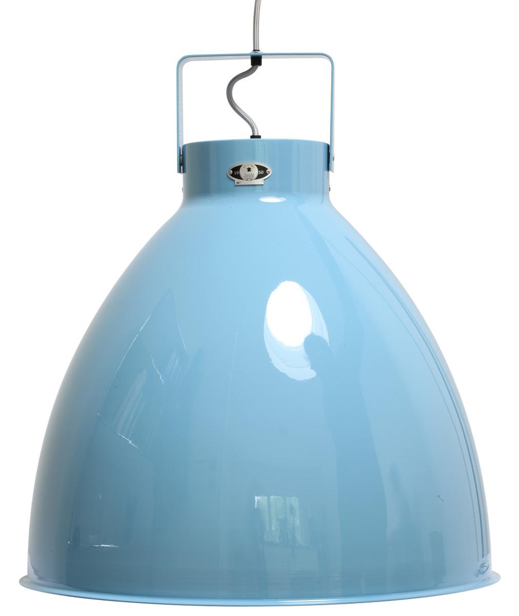 Diese große, blaue Hängeleuchte mit über 50 cm Durchmesser kann in vielen anderen RAL-Tönen gefertigt werden.