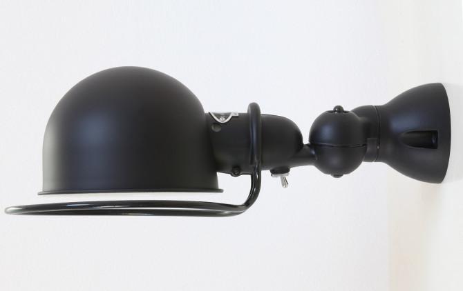 Die Jieldé Wandleuchte  LOFT D1000X in matt-schwarz, Ausführung mit Schalter
