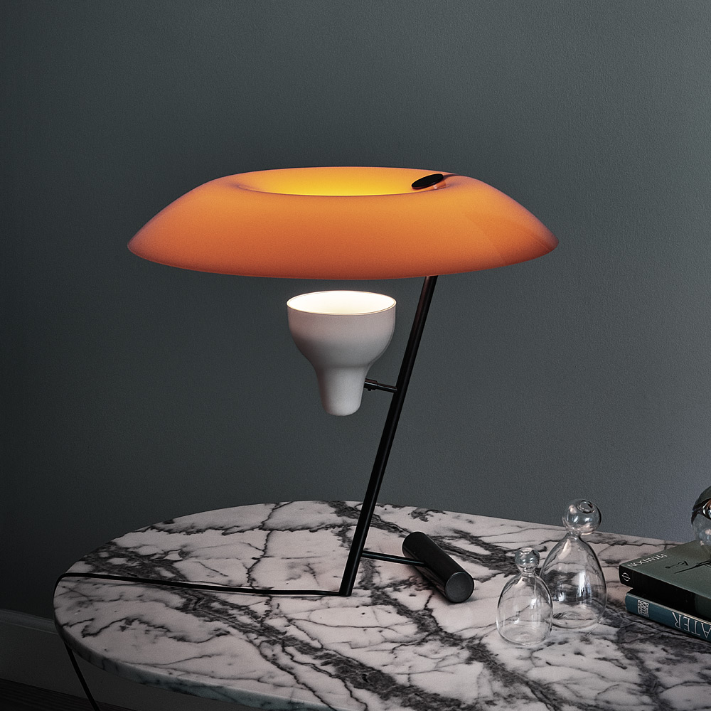 lumi leuchten klassische und zeitlose lampen aus europa seite 2. Black Bedroom Furniture Sets. Home Design Ideas